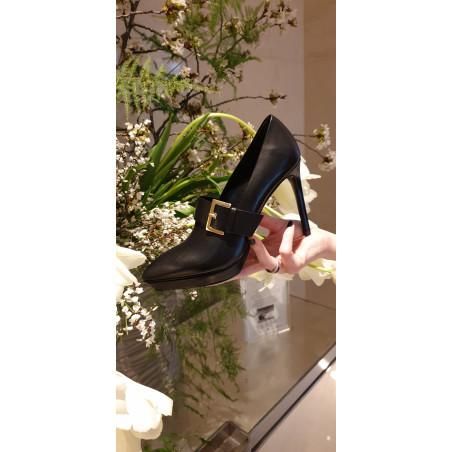 JOHAN YVON Chaussure fermée une boucle